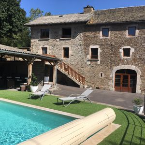 Photo for Gite 9 places 3 ears, 4 stars with heated pool