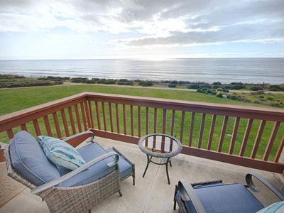 Photo for Beautifully Remodeled 2 br Ocean Front Villa Seascape Resort! Ocean View!