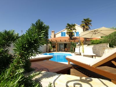 Photo for This 3-bedroom villa for up to 6 guests is located in Zadar and has a private swimming pool, air-con
