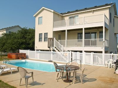 Photo for K1800 Queen BEEch. Pool, Hot Tub, Volleyball, Pets OK/Fenced Yard, Ocean View