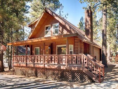 Photo for CUBS' CABIN - CHARMING RETREAT IN THE WOODS