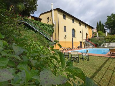 Photo for Apartment Il Borgo  in Santa Maria al Monte, Lucca, Pisa and surroundings - 5 persons, 1 bedroom