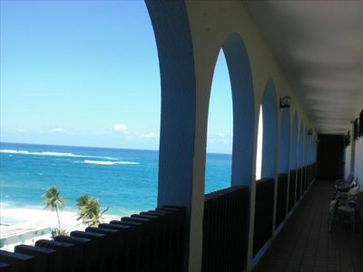 Breathtaking Ocean view from entrance balcony...