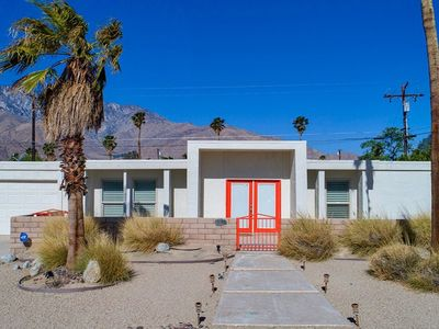 Photo for BEAUTIFUL PALM SPRINGS VACATION HOME (29+ days)