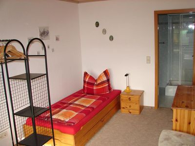 Photo for Single room, shower, toilet - guest house under the vineyards