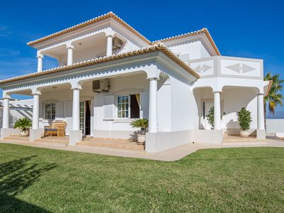 Photo for Stunning Spacious 4 Bed Villa With Private Pool Close To Beach
