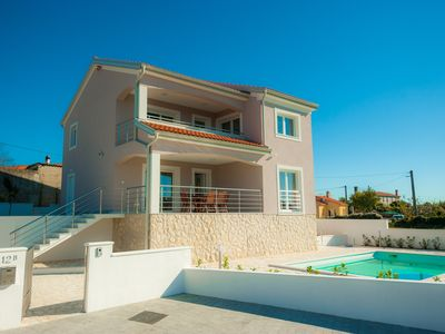 Photo for New villa with pool, magnificent sea views, in a quiet environment