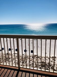 Photo for 8thFloor Beachfront/Fantastic view/Family Friendly/Private Beach/Great Amenities