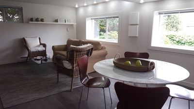 Photo for Modern Ground Floor Suite In Westside Vancouver (SLN 18-549604)