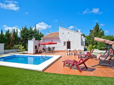 Photo for This 3-bedroom villa for up to 6 guests is located in Javea and has a private swimming pool, air-con