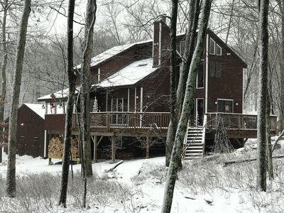 Photo for Relax and be surrounded by nature in Masthope in the Poconos. Great for groups.