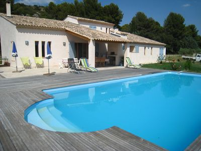 Photo for Villa with pool in Pélissanne, 25 km AIX en PROVENCE, 45 km ARLES