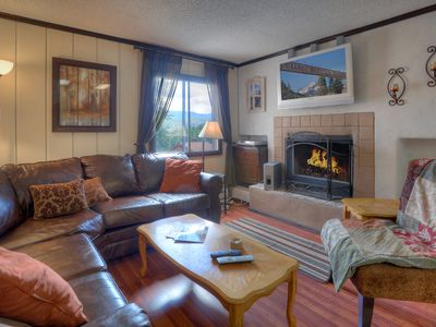Photo for 3 Bedroom Condo With Panoramic Mountain Views