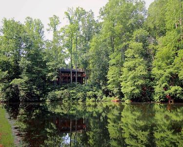 Photo for Cabin: Updated Mountain Lakefront; Hiking, Canoeing, Fishing, Family Friendly