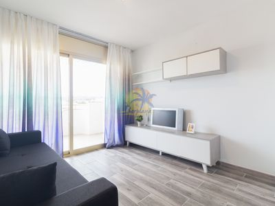 Photo for Cozy apartament with pool located in heart of Salou.