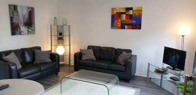 Photo for 2 Bedroom Apartment @The Point Glasgow 2
