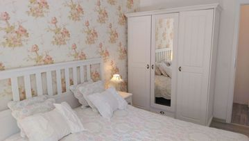 Spacious holiday apartment in the romantic style near the S-Bahn station Berlin Köpenick