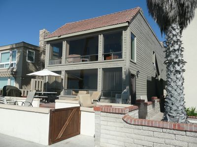 Photo for South Mission Beach-front House. Huge Deck Space. Steps To The Beach!