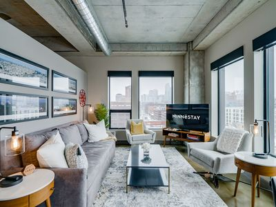 Photo for Minnestay* Sable 87 ★ Business Traveler ★ Walk to Light Rail ★ North Loop