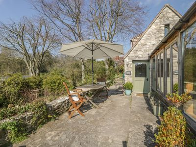 Photo for THE GARDEN COTTAGE, romantic, with a garden in Upwey, Ref 943806