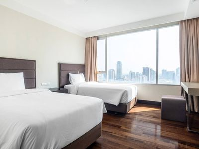 Photo for Spacious Family Suite near BTS Phrakhanong宽阔家庭房近轻轨 U5