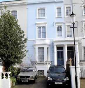 Photo for ECG1 Comfortable 3 bed in Earl's Court