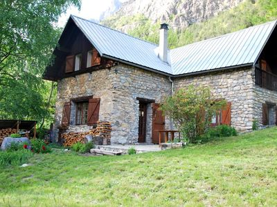 Photo for Cozy cottage with garden - Haven of peace in the country of the Ecrins