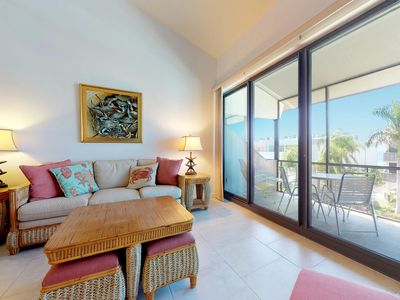 Photo for NEW LISTING! Great condo w/shared pool & access to beach, shopping & dining