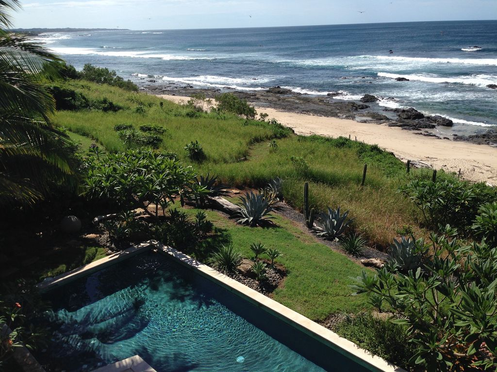 Beachfront 5 Bedroom With Pool Steps To F Vrbo