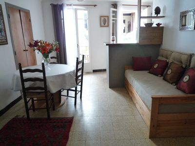 Photo for Charming one bedroom flat in historical center of Collioure .Wifi acces.