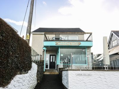 Photo for WATERS EDGE, family friendly in Aberporth, Ref 962393