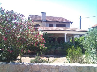 Photo for Villa with nice terrace and large garden, 5 min. To the beach, Dalmatia