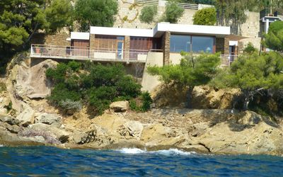 Photo for Modern Bormes' stone villa on the Rocks of the Lavandou