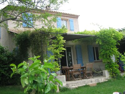 Photo for Beautiful spacious and quiet house in the heart of Green Provence, open view