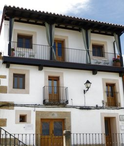 Photo for Apartamentos Entre Fuentes 80m2 in historical village Cuacos de Yuste, La Vera