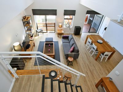 Photo for Magnificent 3 Bedroom, 3 Bathroom penthouse in the heart of Hout Bay.