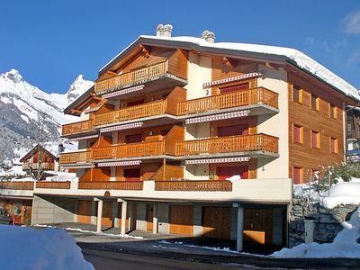 Photo for One bedroom Apartment, sleeps 4 in Ovronnaz with WiFi