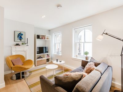 Photo for EXCEPTIONAL 1-BED APT IN COVENT GARDEN