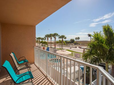 Photo for In the Heart of Treasure Island! Beachfront Corner Unit- Private Balcony, Fully Equipped Kitchen