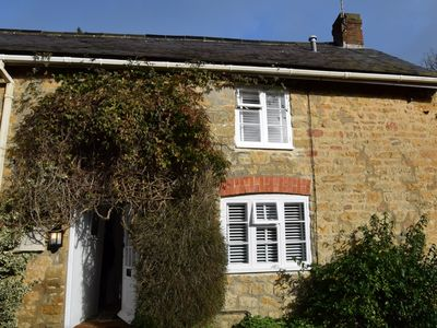 Photo for 2 bedroom Cottage in West Bay - 77419