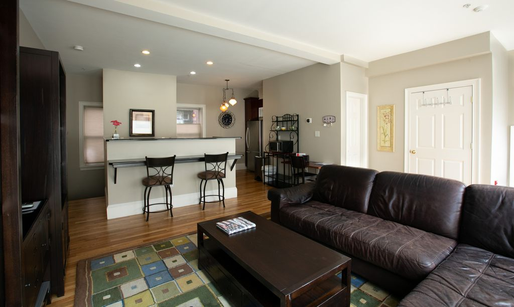 Little Italy North End Retreat, Fabulous location. - North End