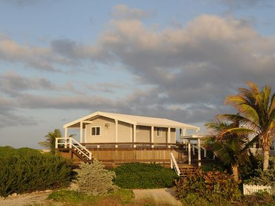 Photo for Oceanfront Cottage With Great Location And White Sound Dockage