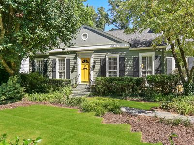 Photo for South Buckhead Cottage Walking Distance to Beltline in Collier Hills