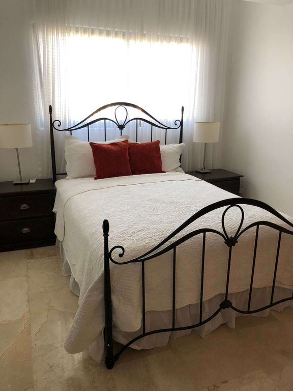 Luxury Penthouse in the heart of Piantini Santo Domingo - Four Bedroom Apartment, Sleeps 8