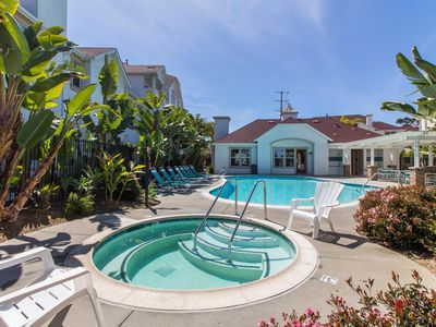 Paradise in Oceanside, walk to beach, pier and harbor