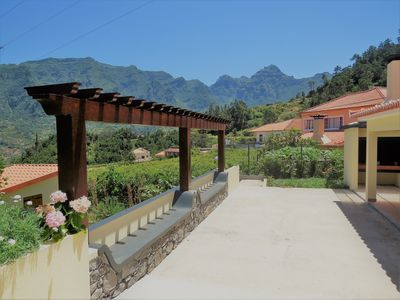 Photo for Country house with terrace, vegetable garden and splendid view to the mountains