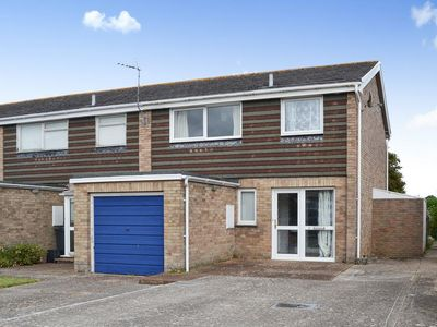 Photo for 3 bedroom accommodation in Bembridge, near Ryde