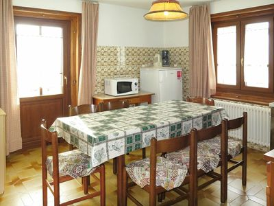 Photo for Cosy apartment for 8 guests with WIFI, TV and parking