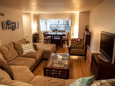Photo for *Rare Northside 4 Bdrm Townhouse with Parking, 7min drive to Wrigley Field*