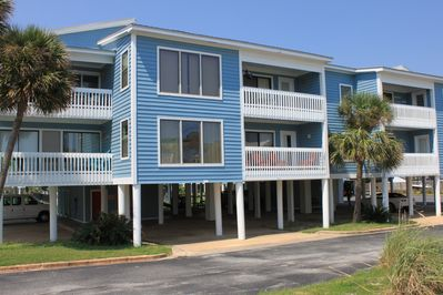 Lagoon front building